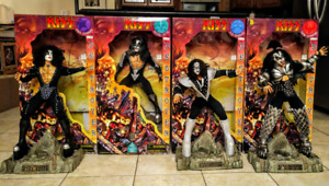 """1998 Kiss Destroyer 24"""" Dolls in 1976 costumes w/Boxes + numbered COA's Fun4All"""