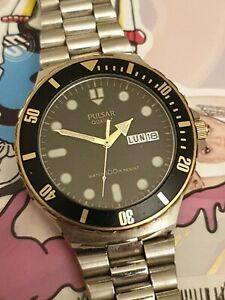 Pulsar Divers Watch Day Date By Seiko Y148-8110 Vintage Mens Pulsar Divers Watch