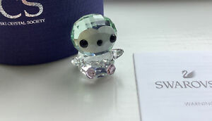 SWAROVSKI CRYSTAL SCS BABY PICCO PENGUIN REF 5464946 BRAND NEW AND BOXED