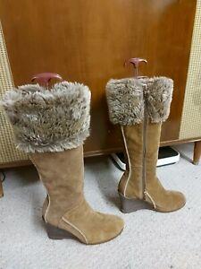 """Cherokee Size 5, dark tan suede boots knee length, faux fur, zip 3.5"""" wedge heel"""