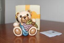 """THUN ,"""" Orso Teddy con uva"""". Alteza 8 cm. Nuovo. Idea regalo."""