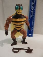 He-Man MOTU Masters of the Universe BUZZ OFF Loose with Weapon Tight Legs Stands