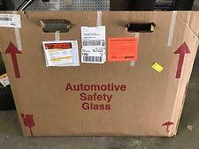 2000 UD/Nissan rollback 1800 window glass