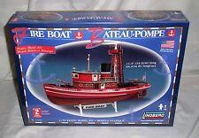 Lindberg 77226 Joseph E Petit FDNY NYC Fire Department Desk Boat 1/72 Model Kit