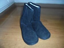 Ukala Sydney Low Suede black merino wool lined boots size 6