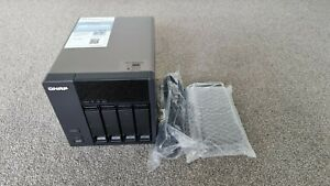 QNAP TS-420 NAS Enclosure - No HDD