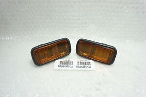 pair DAIHATSU CHARADE G100 G102 APPLAUSE A101 FRONT FENDER INDICATOR SIGNAL LAMP