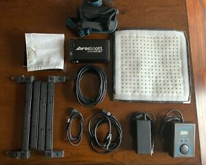 Westcott Flex 1x1 Bi-Color LED Mat kit
