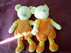 lot de 2 Doudou ours blanc bleu vert salopette orange jaune MOTS D ENFANTS