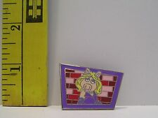 WALT DISNEY MISS PIGGY MUPPETS 2013 TRADING Hat Lapel Pin Badge
