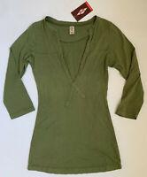 COASTAL CLASSICS Women's Medium Green Long Sleeve Henley Top Shirt USA Made New
