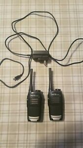 2 Hyt Hytera TC-320 Walkie Talkies Working Condition 2 way radio and charger