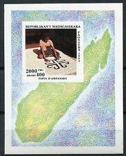Madagaskar Block 255  postfrisch, Kunsthandwerk - Teppichweberei
