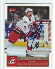 Mike Commodore Signed 2006/07 Fleer Card #22
