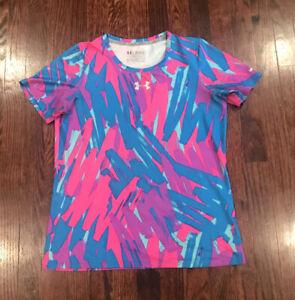 Girls YXL Under Armour  Pink / Blue Tee Shirt Fitted
