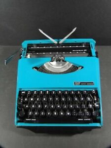 Vintage AQUA SMITH CORONA SUPER G Portable Typewriter Mid Century Ghia Design