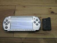 Sony PSP 3000 Console Mistic Silver w/battery pack M970