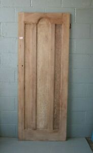 """Reclaimed 1930's 3 Panel Pine Door 29 3/4"""" x 77 1/2"""" Internal  ref 118A"""