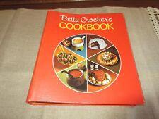 "VTG 1971 BETTY CROCKER'S COOKBOOK 5 RING BINDER ""PIE COVER"""