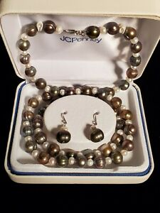 Pearl Necklace Bracelet And Matching Earings Sterling Silver Very Nice Look!