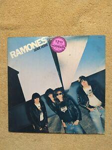 THE RAMONES - LEAVE HOME - SA7528 1977 SIRE - LP Vinyl Record