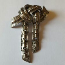 A beautiful silver tone brooch by Coro, Jewelcraft