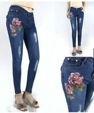SKINNY JEANS EMBROIDERED  SIZE 32