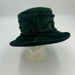 Ladies Green Mad Hatter Hat Used Good Condition (R2)(A)