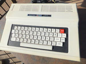 Radio Shack TRS-80 Color Computer - Powers Up