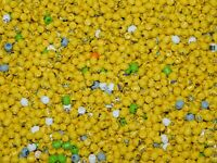 LEGO BULK LOT OF 50 NEW MINIFIGURE HEADS FIGURE TOWN CITY BODY PARTS YELLOW MORE
