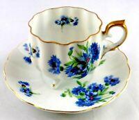 Vintage Saji China Tea Cup & Saucer Set Footed White Blue Floral Gold Trim Japan