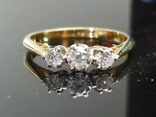 Stunning 18ct gold 0.35ct diamond 3 stone ring HIGH QUALITY DIAMOND AG13