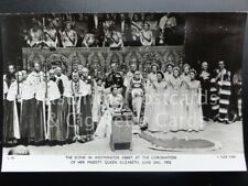 Tuck RP Queen Elizabeth ll Coronation QUEEN IN CHAIR OF STATE 2nd June 1953 C10