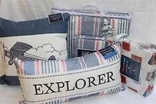 AIR MAIL STAMPS REVERSIBLE TWIN QUILT+SHAM+SHEETS+2 PILLOWS-RED/WHITE/BLUE - 7PC