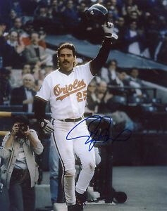 RAFAEL PALMEIRO BALTIMORE ORIOLES  SIGNED  8X10 PHOTO