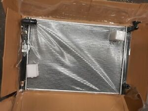 Engine Coolant Radiator 1604128610 For Toyota Alphard, ANH10 ANH10W ANH15 2005