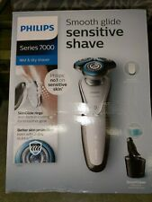 Philips Series 7000 Wet & Dry Mens Shaver With SmartClean S7710/26