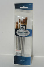 Loew Cornell 2074 TAKLON Painter Brushes SERVING THE ARTIST CERAMIST & HOBBYIST