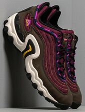 Size 9.5 Nike ACG Air Skarn men's green burgundy outdoor trainers / 9 and a half