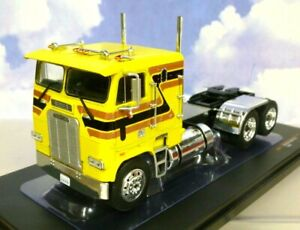 SUPERB IXO DIECAST 1/43 1993 FREIGHTLINER FLA TRUCK CAB/TRACTOR IN YELLOW TR072