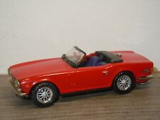 Triumph TR6 - Auto Replicas 1:43 *36845