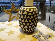 """Vase Triangular """"House Doctor"""", beige/schwarz, sehr dekorativ, NEU & OVP"""