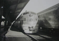 USA032 - MISSOURI PACIFIC LINES 1950s TRAIN Locomotive No7009 PHOTO - USA