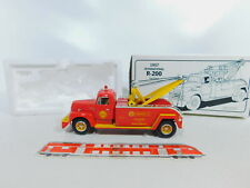 CA75-2 # First Gear 1:3 4 19-1822 Tow Truck Harvester R-200 Shell, VG Box