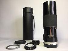 AUTO TAMRON 1:5.5 300mm TELEPHOTO LENS WITH M42/PENTAX SCREW MOUNT.