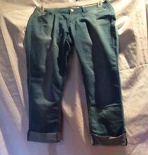 Forever 21 Denim Capris Blue Faded Jeans Size 11 Inseam 22 #262