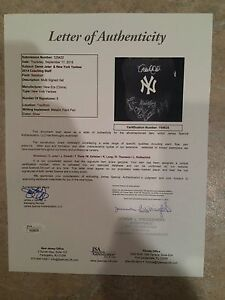 NEW YORK YANKEES CAP -SIGNED BY DEREK JETER -ALL COACHES/MANAGER 2014 TOO-1/1