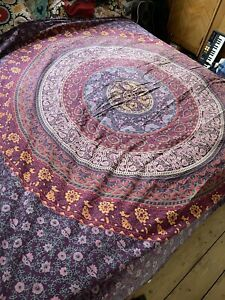 Ian Snow Throw Ethnic Paisley Indian Big Double Bed Maroon Wall Hanging Mandala