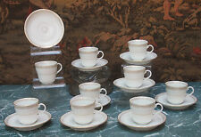 Porcelain from Paris 19th saucers and saucer saucers white and golden @