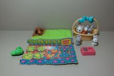Vintage 1992 Littlest Pet Shop Mommy and Baby Bunnies - Kenner